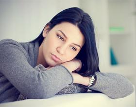 Почему девушки не любят писать первыми