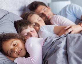 Во сколько нужно ложиться спать и вставать?