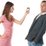 Почему мужчина не спешит делать предложение женщине?