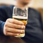 Почему мужчины пьют