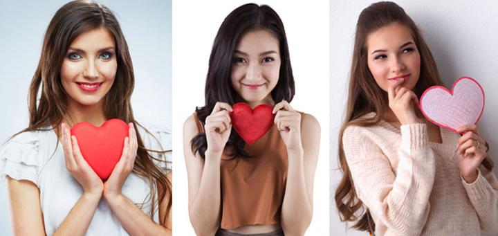 Влюбленные девушки